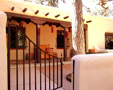 Colorado Springs bed & breakfast located in the Pikes Peak region of Colorado near Manitou Springs CO