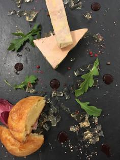 Foie gras et sa gelée au Porto blanc, brioche fait maison