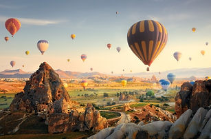 hot-air-balloons-flying-at-sunset-cappad