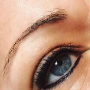 eyeliner beautiful.jpeg