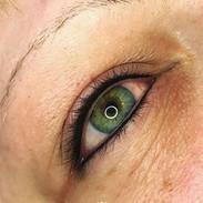 Eyeliner 9.JPG