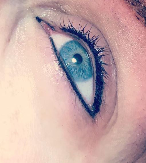 Eyeliner 11.JPG