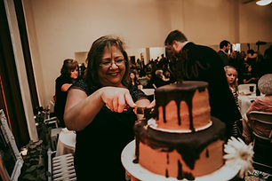 Jones - Wingo Donut Cake 04.jpg