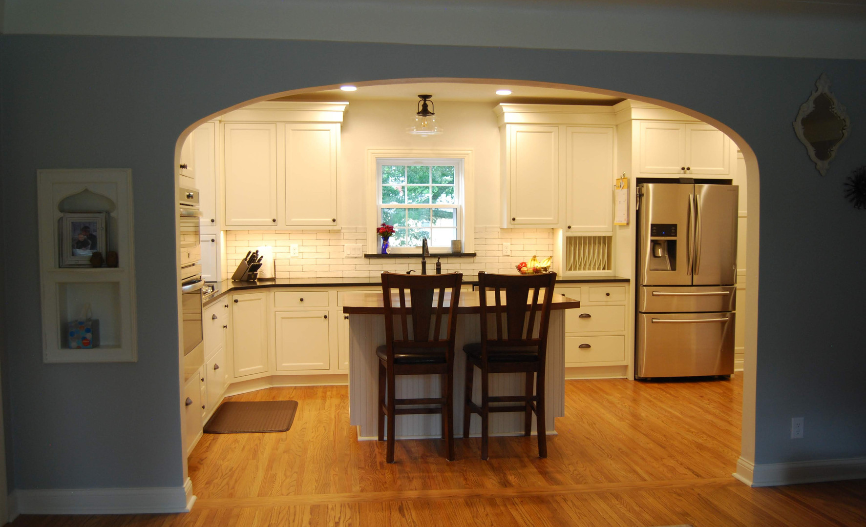 expanded opening design arched to fit or