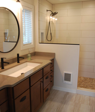 new master bathroom (3).jpg
