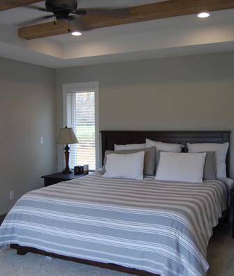 new master bedroom (2).jpg