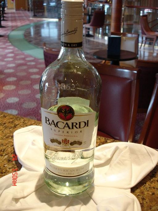 Rum BACARDI (PREMIUM RUM).JPG
