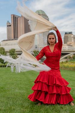 Flamenco with mantón