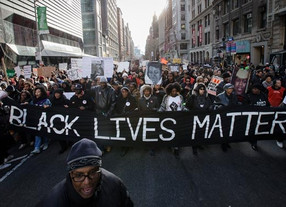 "White House Dismisses Online Petition to Label ""Black Lives Matter"" A Terrorist Group"