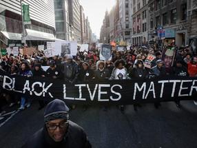 "White House Dismisses Online Petition to Label ""Black Lives Matter"" A Terrorist Group"