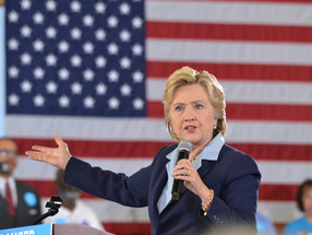 Hillary Clinton Comes To Akron In Akron, Clinton Urges Ohioans to Register to Vote, Spotlights Repor