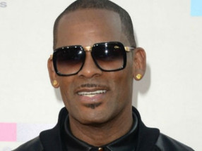 R. Kelly Jail Beating Went Down While No Guard 'Raised A Finger' Says Legal Team
