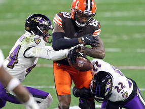 Browns come back twice in 4th quarter but fall short vs. Ravens