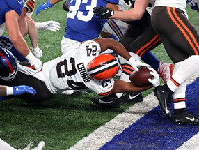 Baker Mayfield 'lights out' as Browns offense coasts to win over Giants