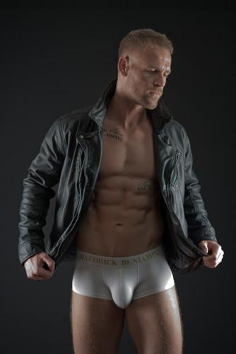 Model Oliver Rose