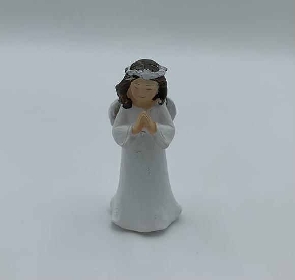 Anjo branco rezando