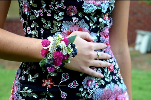 Corsages/Wristlets-please order at least 2 days in advance