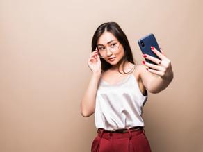 13 Trik Selfie Aesthetic a la Selebgram untuk Foto Profil yang Keren