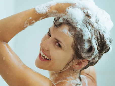 This Is The Worst Mistake You Can Make When Washing Your Hair : It's Causing Fallout!