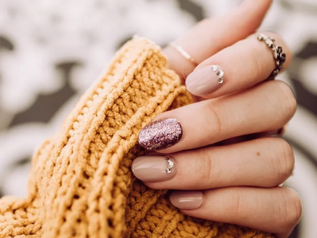 Are Shellac Manicures Killing Your Budget? Do It At Home