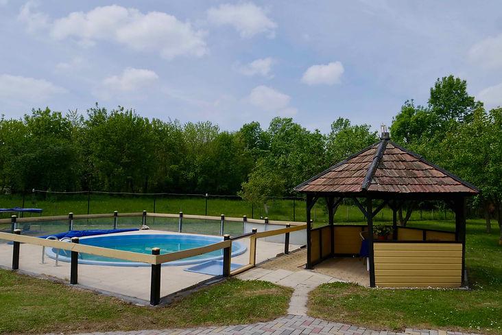 Vakantiewoning in Hongarije voor 8 - 10 personen met zwembad