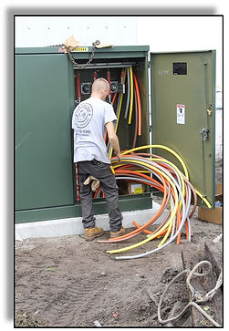 3Outside box wires.jpg