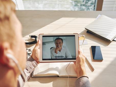 Como se portar nas entrevistas de emprego por vídeo
