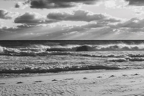 Sunset Waves at Invisible Beach 2 BW