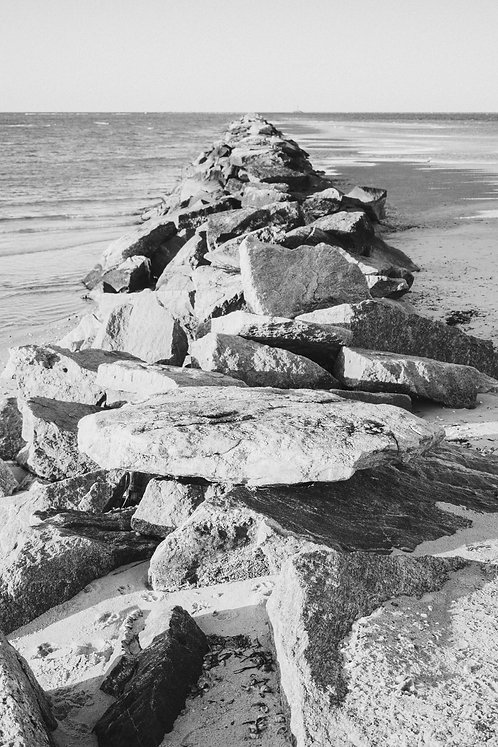 Jetties Rocks 1 BW
