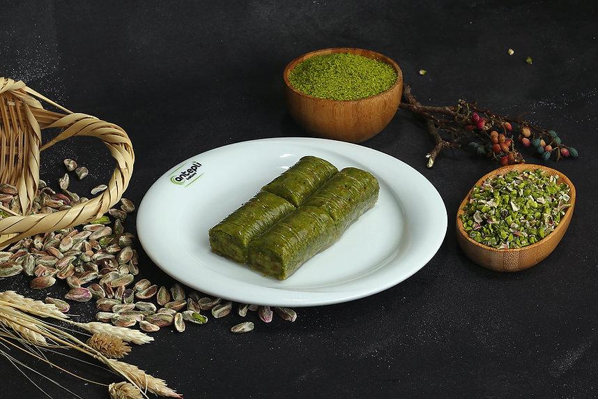 pistachio roll.JPG