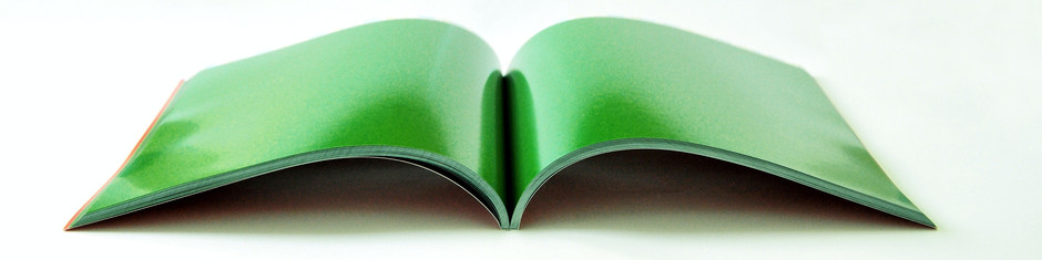 Why is perfect binding suitable for a textbook?