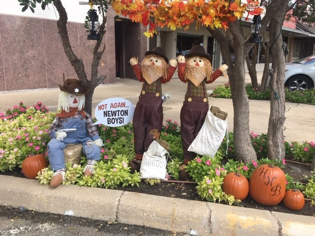 (Closed) Fall Frenzy Scarecrow Competition!