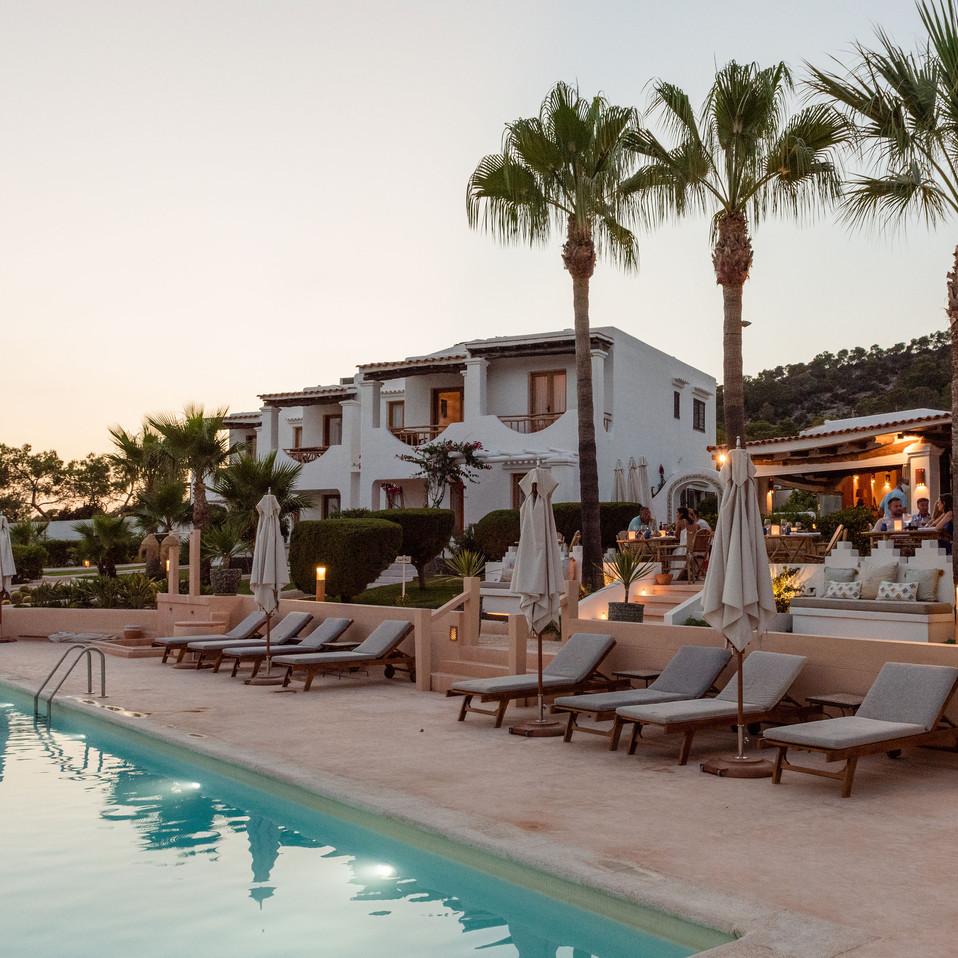 Petunia Ibiza Hotel - Pool & Restaurant