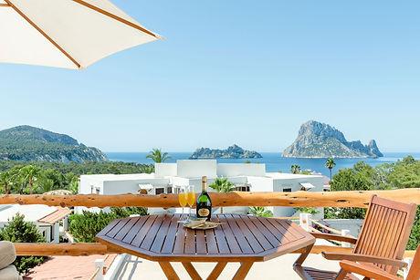 Es-Vedra-Suite-Beautiful-Hotel-Ibiza-Bed