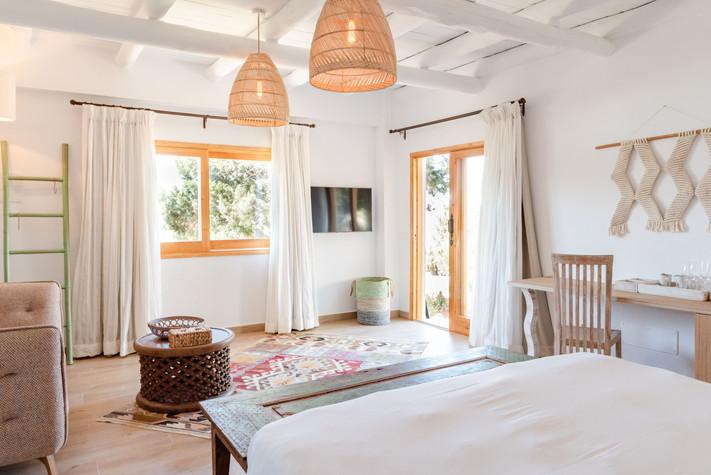 Hotel-Petunia-Junior-Suite.jpg