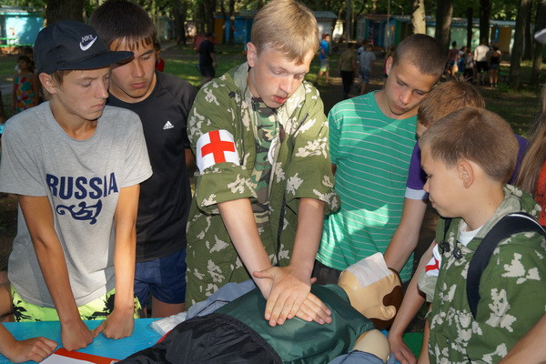 Зарница в детском лагере.jpg