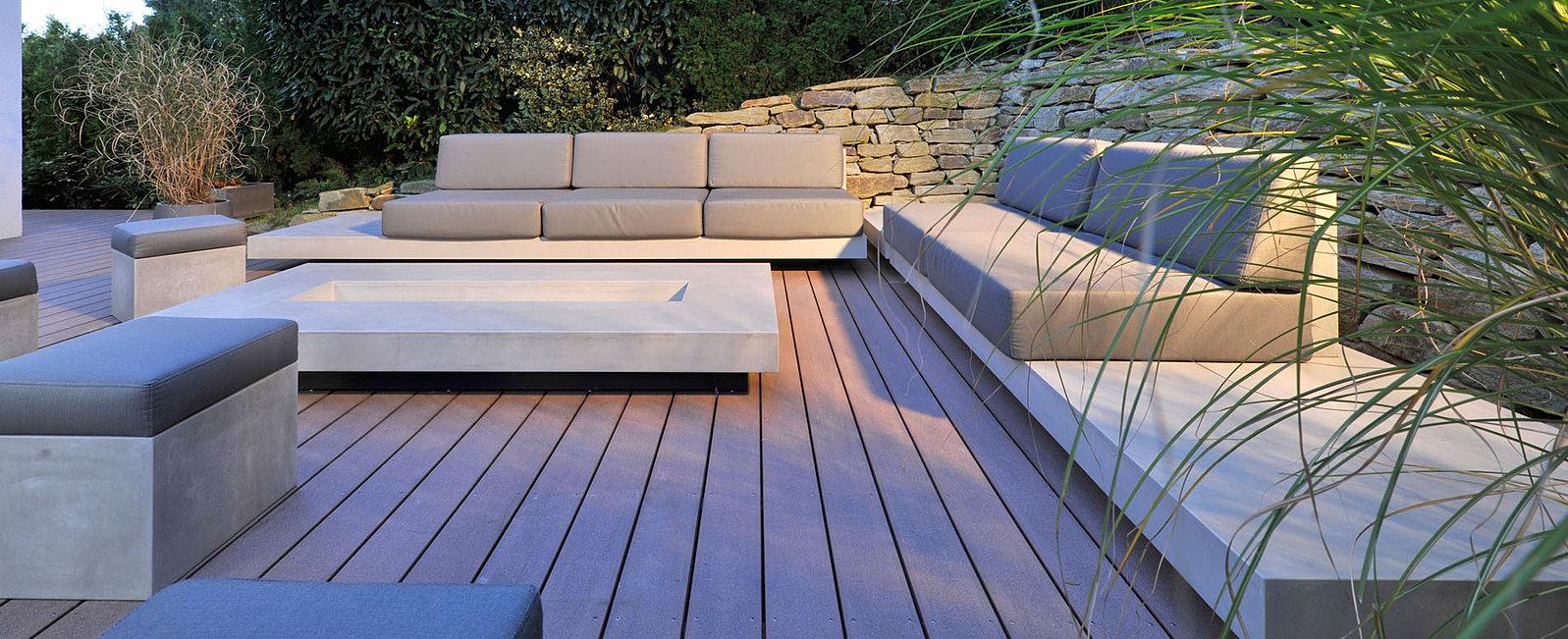 Terrasse und garten im einklang mit architektur for Gunstige loungemobel outdoor