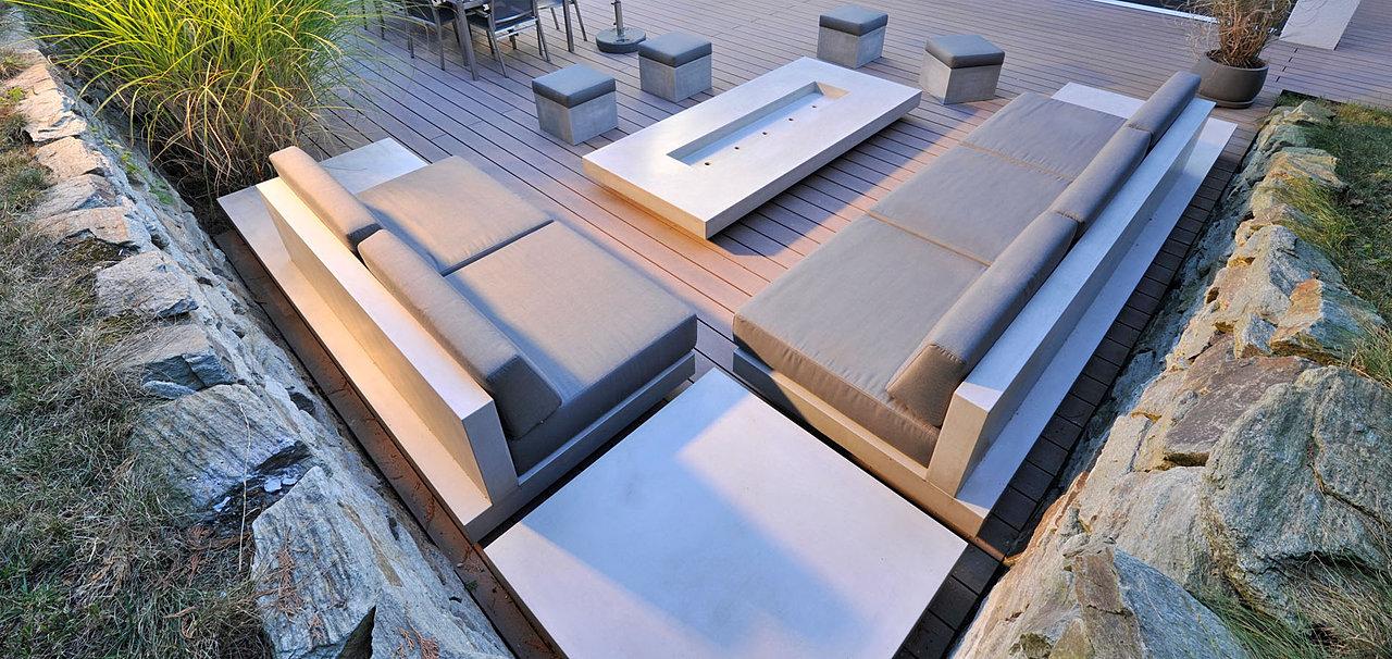 terrasse und garten im einklang mit architektur. Black Bedroom Furniture Sets. Home Design Ideas
