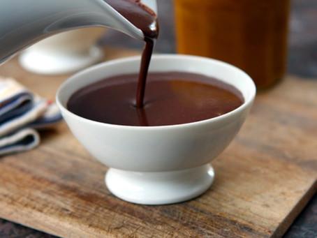 Making Parisian Le Chocolat Chaud