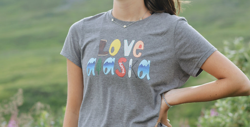 Women's Love Alaska T-Shirt
