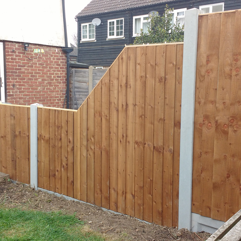 Feather edge sloping panels