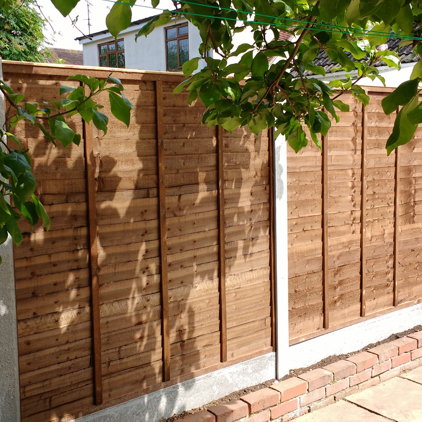 Waney Lap style Fencing
