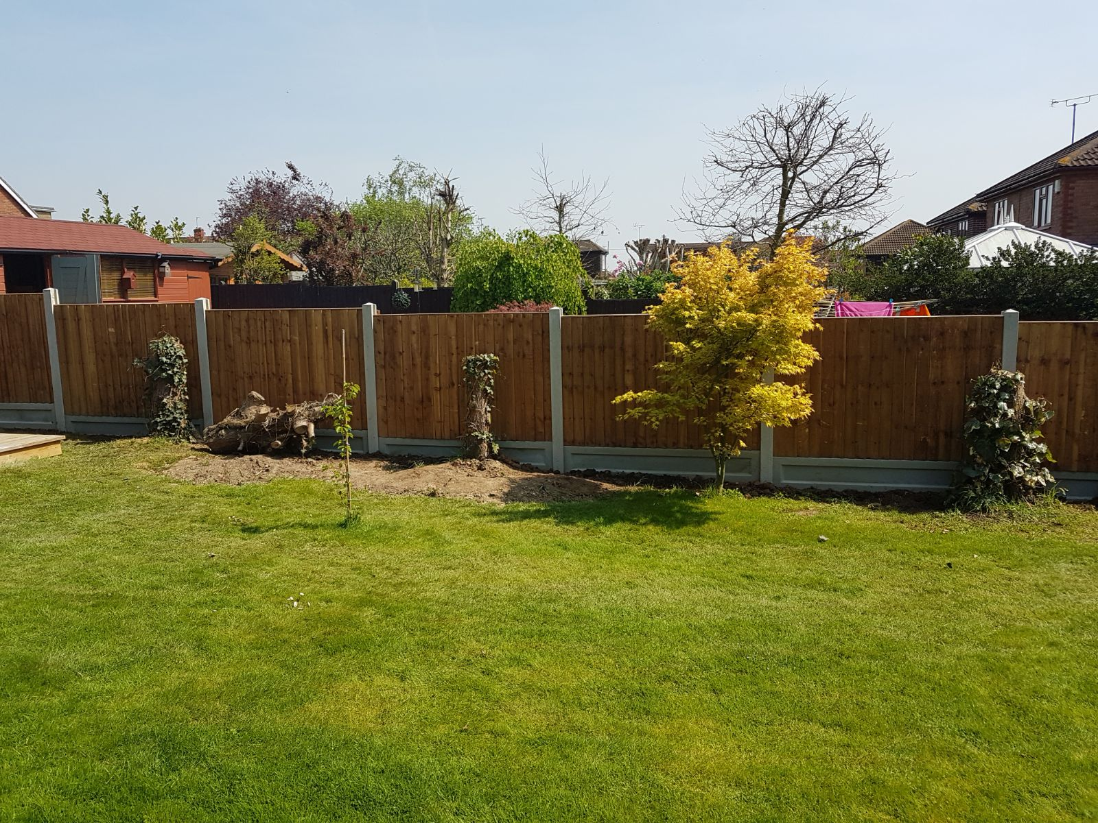 4ft panels with 1 ft Gravel Boards