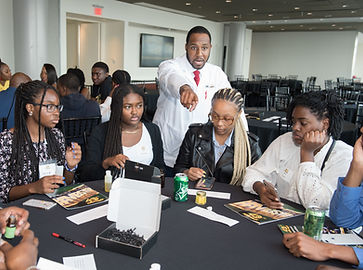 Dr. Jalaal A. Hayes (Dr. JAH) teaches students STEM education skills and entrepreneurship in Washington, DC Summer Youth Employment Program in 2019 STEAM Session