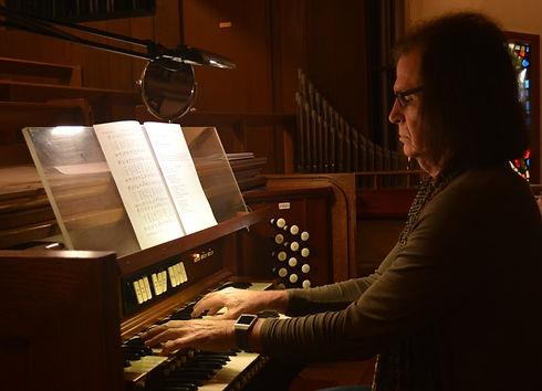 music-organ.jpg