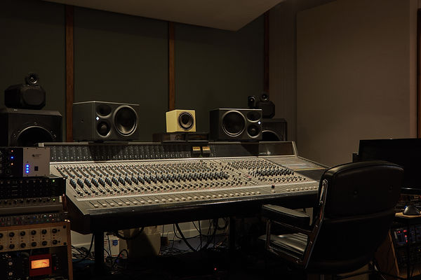 20200121_DentRecordingStudio-6.jpg