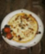 салмон под сливочном соусом с морепродук