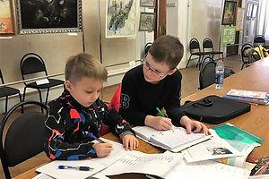 Курс проходит по британской системе обучения, поокончании дети могут пожеланию слёгкостью сдать детские британские экзамены KET и PET.