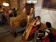 Alpenhotel - Bauernstube mit Musik