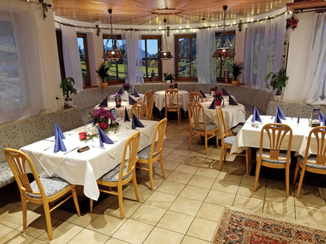 Alpenhotel Restaurant 1